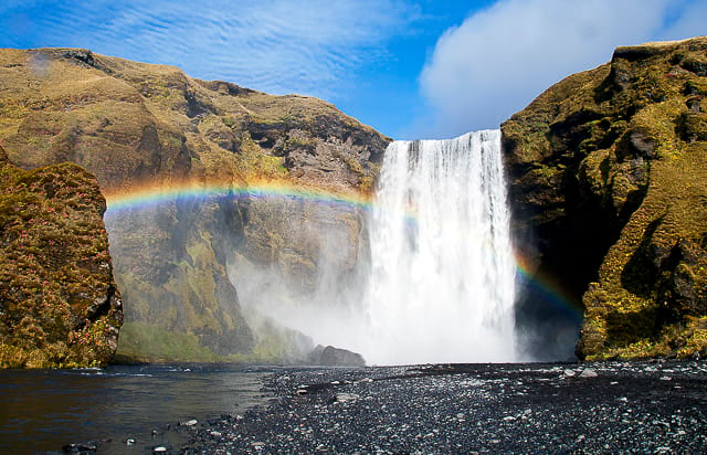 majestic-skogafoss-waterfall-game-of-thrones