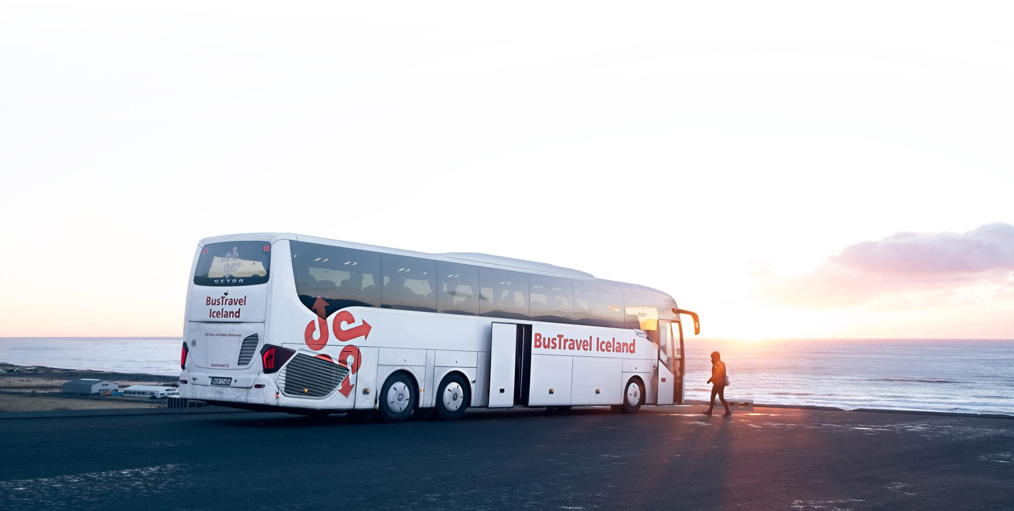 Best day tours traveling in Iceland - BusTravel Iceland