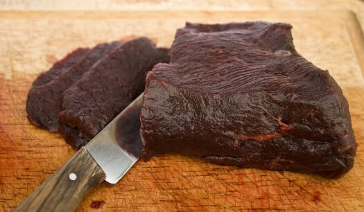 Cutting-whale-meat-Iceland.jpg