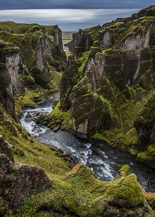 fjadrargljufur-canyon-iceland