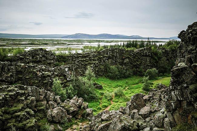 Game-of-Thrones-Thingvellir-Iceland.jpg