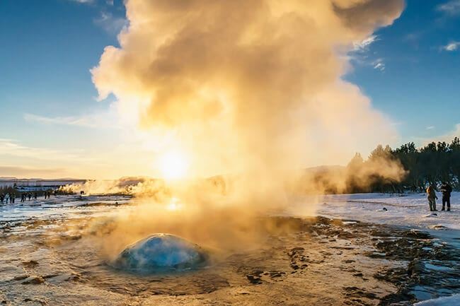 Geysir-winter-Iceland.jpg
