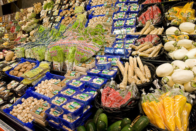 local-veggies-and-fruits-in-every-store