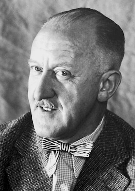 Halldor-Kiljan-Laxness-Famous-people-from-Iceland-writer-poet.jpg