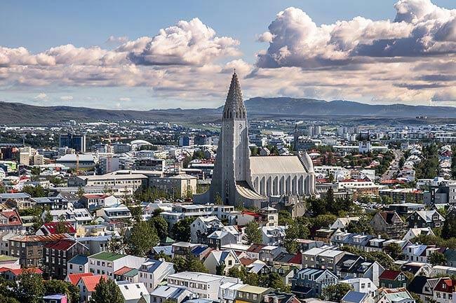 Hallgrimskirkja-church-Reykjavik-city