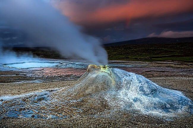 Hveravellir-geothermal-area-Iceland.jpg