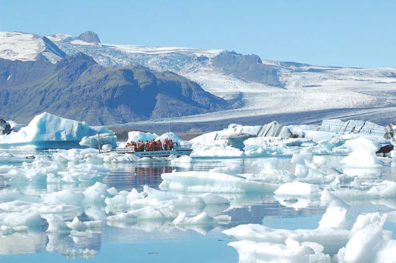 Jokulsarlon Glacier Lagoon boat tours in summer iceland
