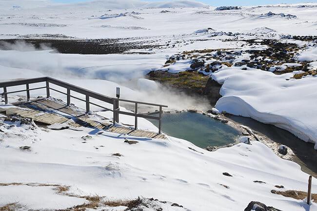 Natural-hot-pool-in-Hveravellir-winter.jpg