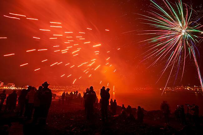 New-Years-Eve-fireworks-Reykjavik.jpg