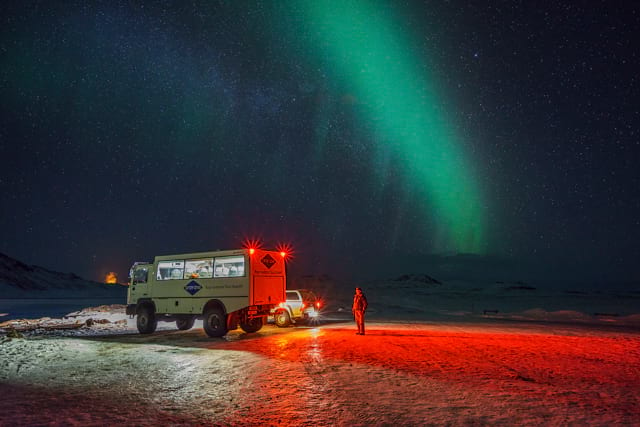 Northern Lights experience with gray line iceland