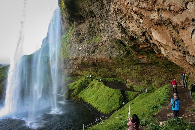 beauty-of-skogafoss-waterfall