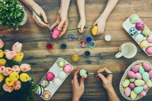 Easter-tradition-paining-eggshells-with-kids