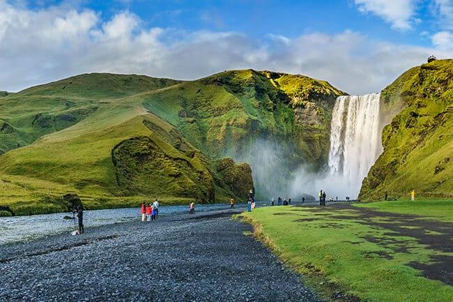 Skogafoss-Iceland.jpg