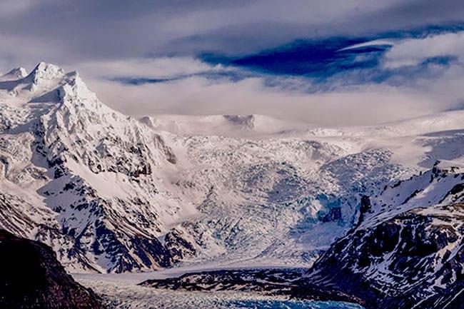 Svinafellsjokull-Vatnajokull-glacier-Iceland.jpg
