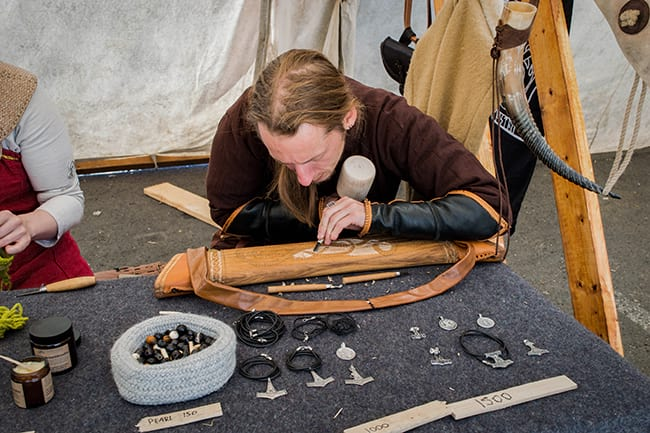Viking-making-crafts-Iceland